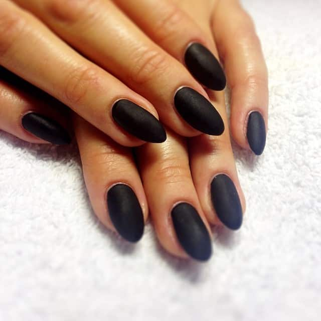 the matte finish nails