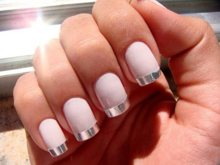 The Chrome Nail Tips