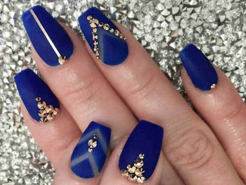 20 Short Coffin Nail Ideas To Inspire Your Next Mani Naildesigncode