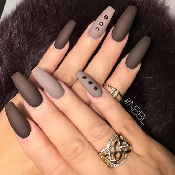 5 nails ombre matte