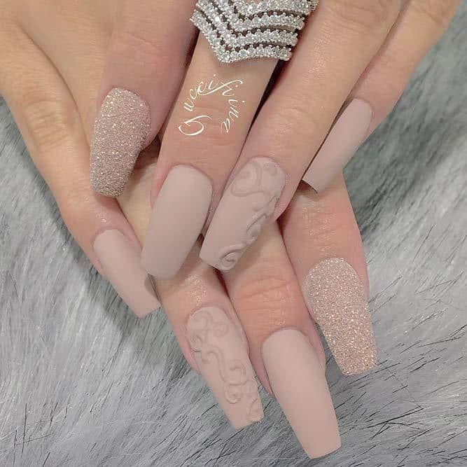 3D Art nude matte nails