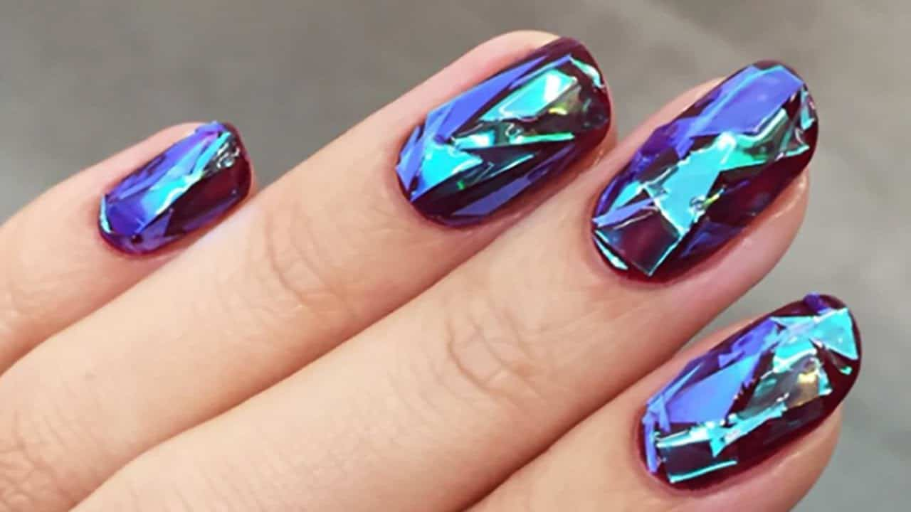 glassy shattered nail designs