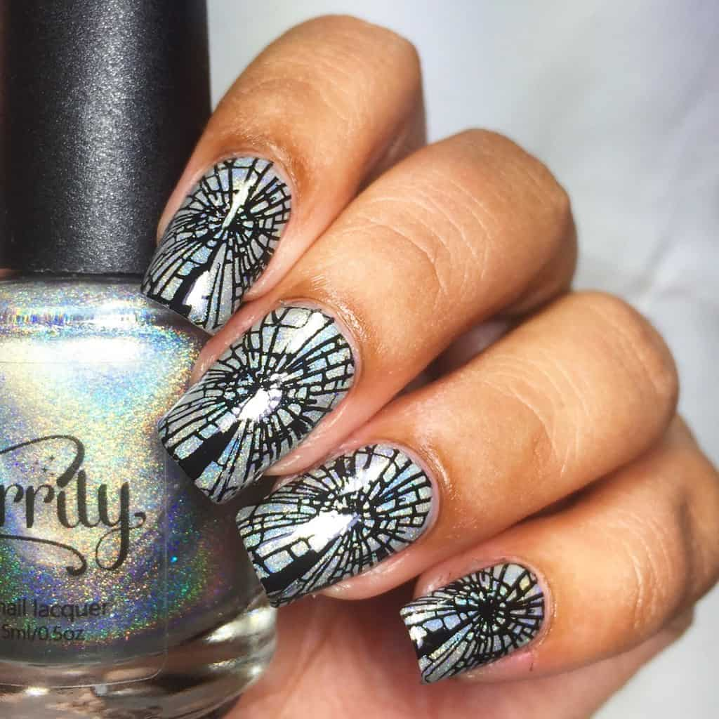 realistic shattered nails