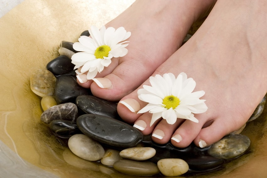 hot stone pedicure at home