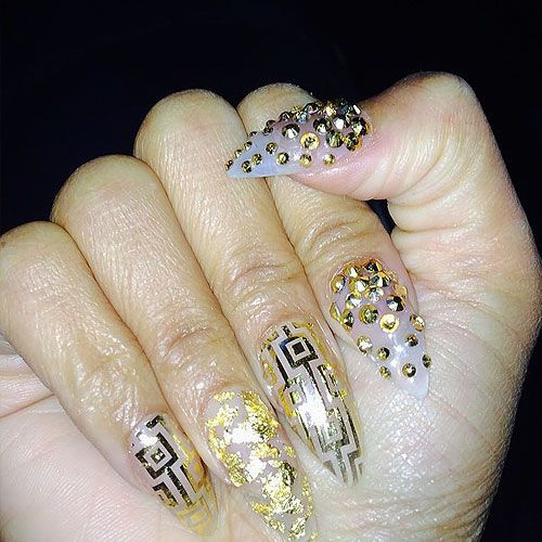 Nicki Minaj Nails 10 Nail Designs To Wow Everyone Naildesigncode