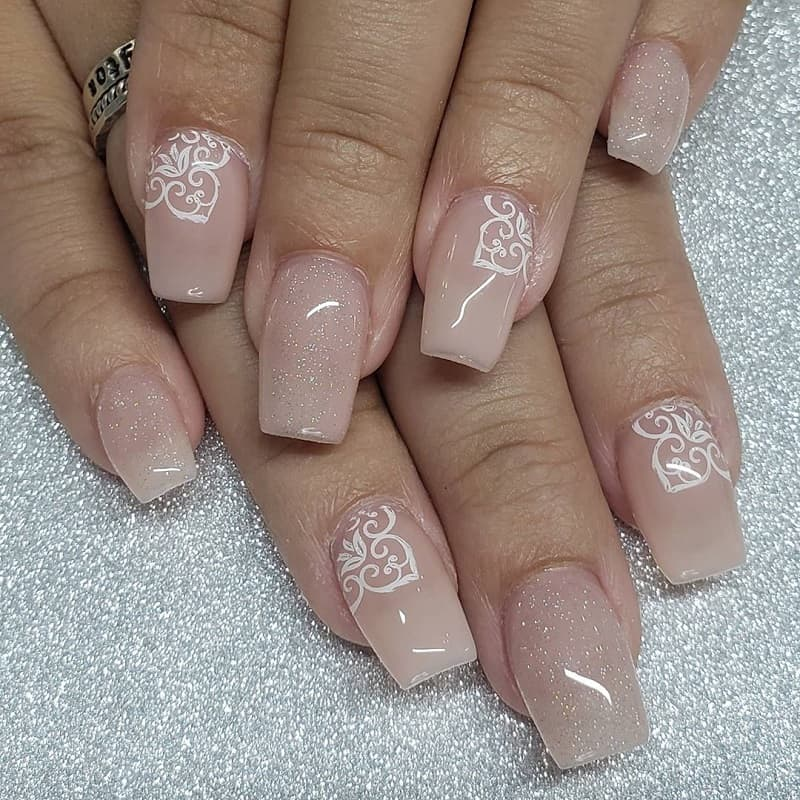 lace gel nails