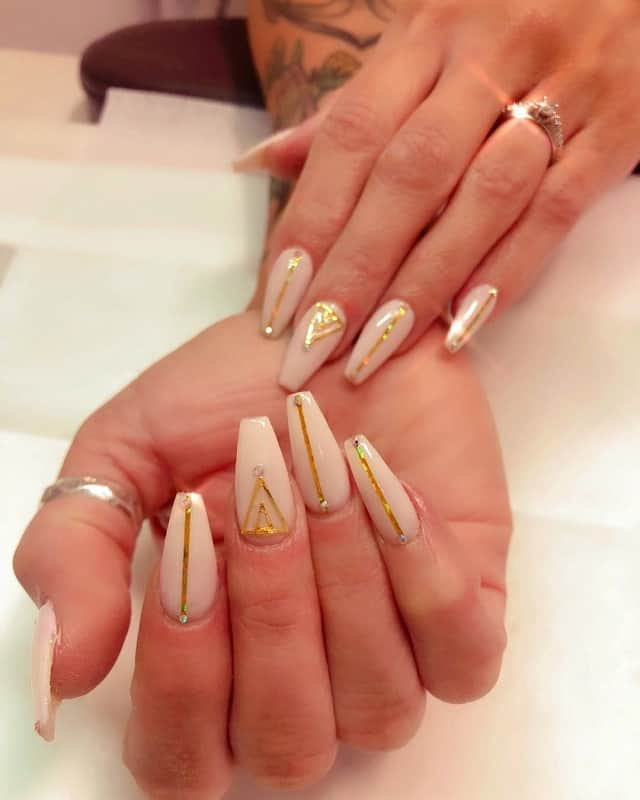 v line nail designs