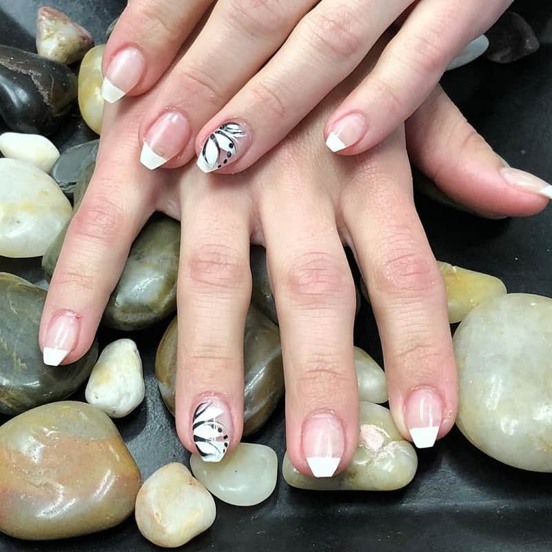 short coffin french tip nails
