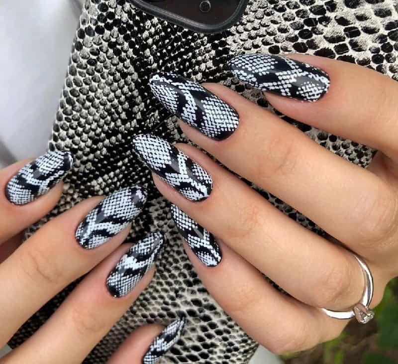 animal acrylic nail designs