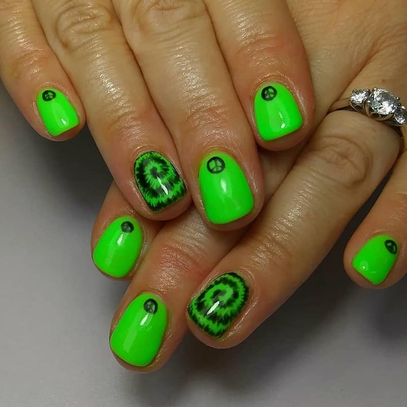 hippie gel nail designs