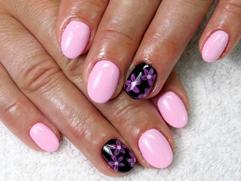 round gel nail design