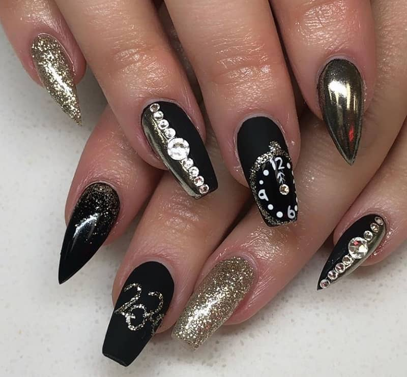black matte new year nails