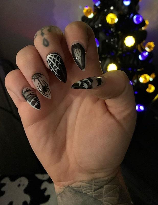 fake nail halloween designs
