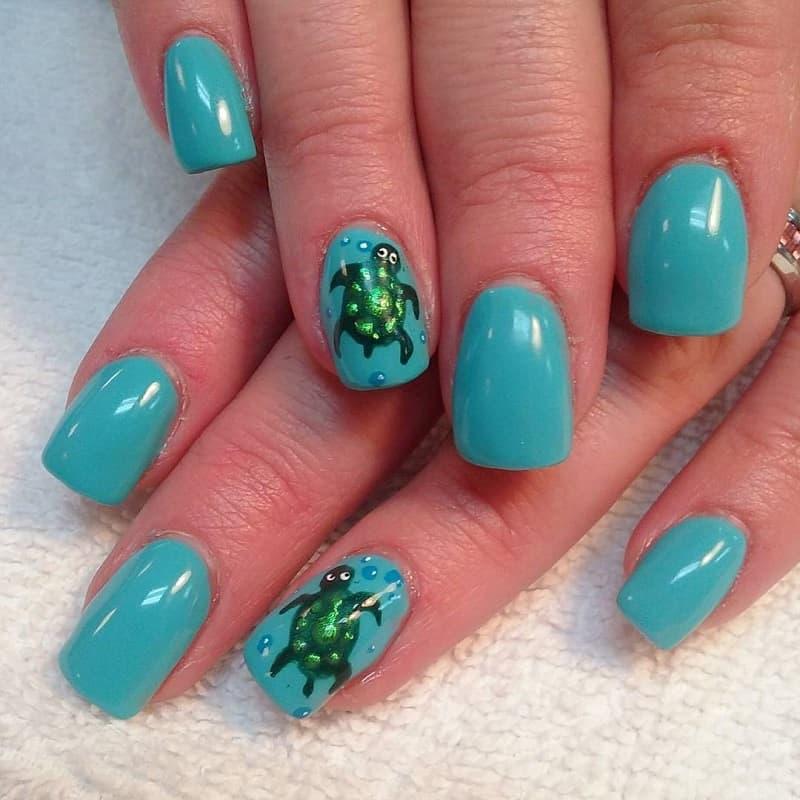 beach turtle nail design