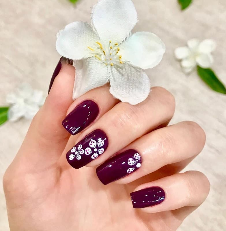 burgundy fall nail designs