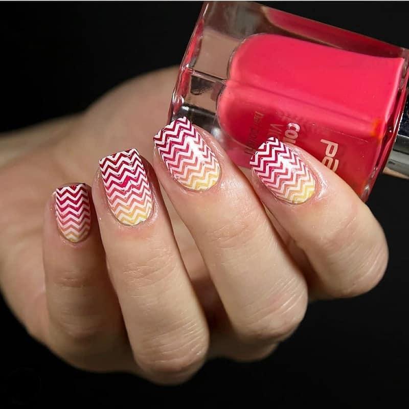 fall chevron nails