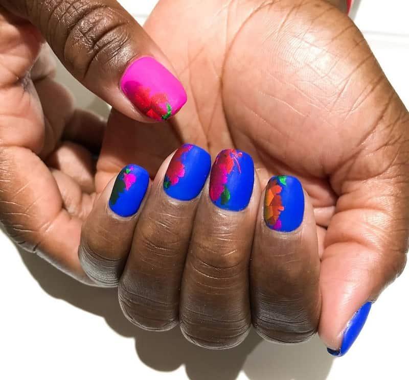 royal blue and pink nails