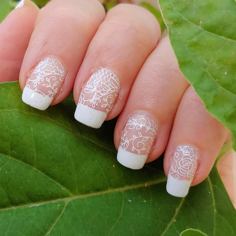 lace french tip nails