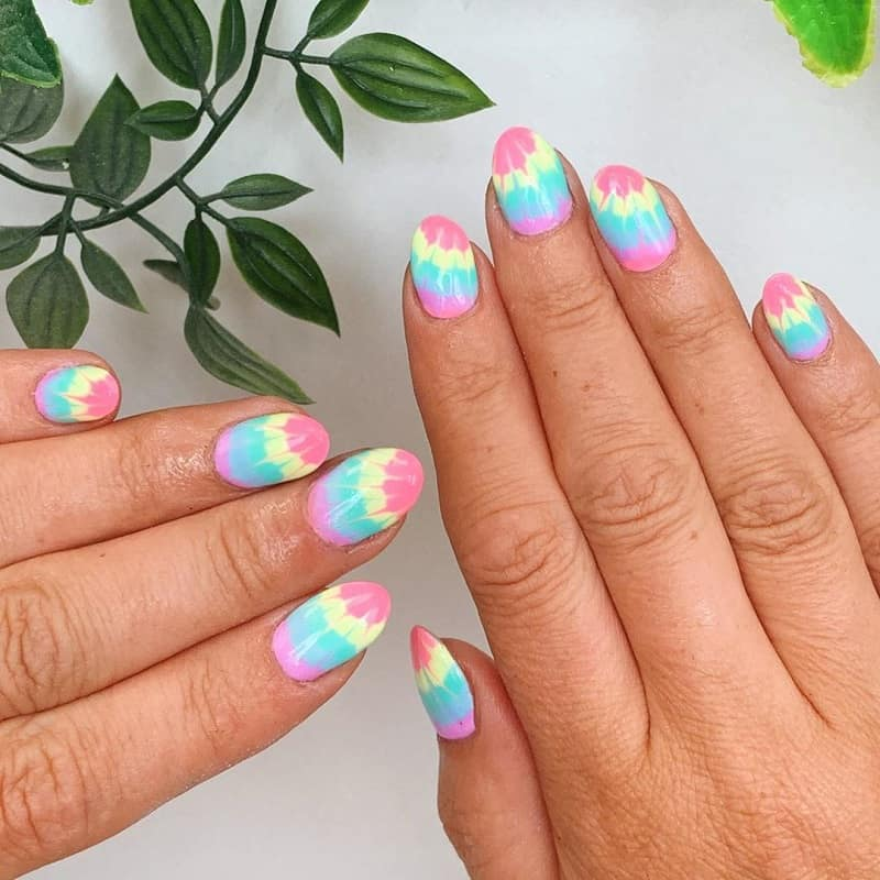 retro hippie nail designs
