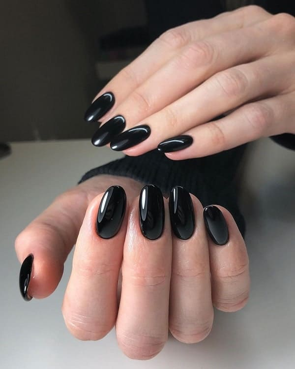 Black Acrylic Nails