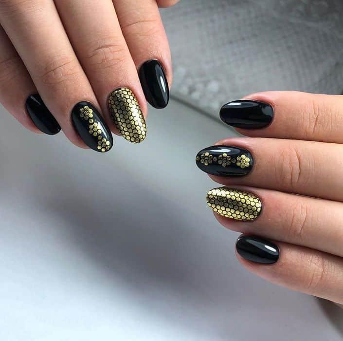Golden Black Nails for Prom