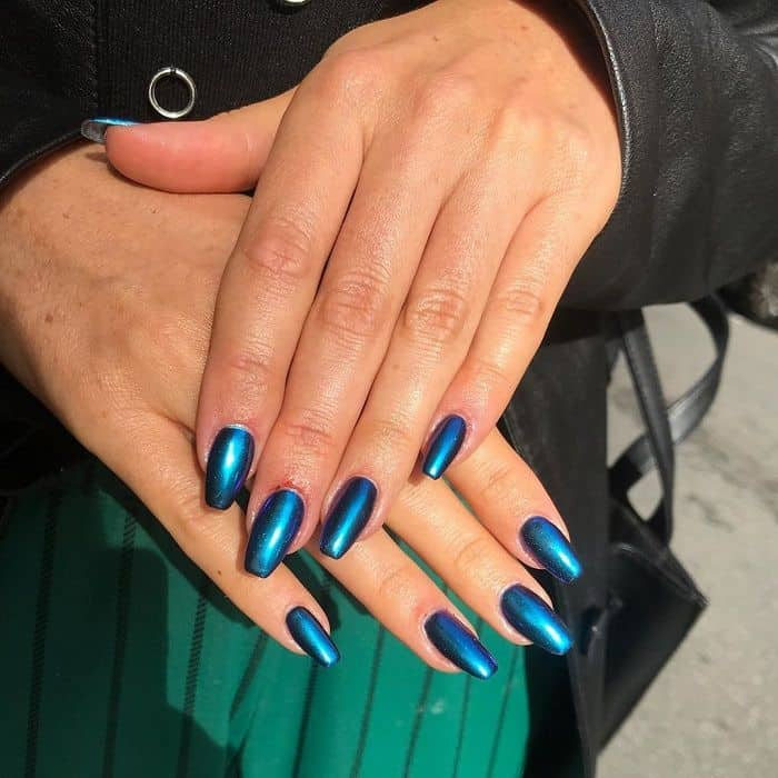 blue chrome nail paint