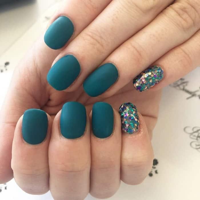 dark teal nails