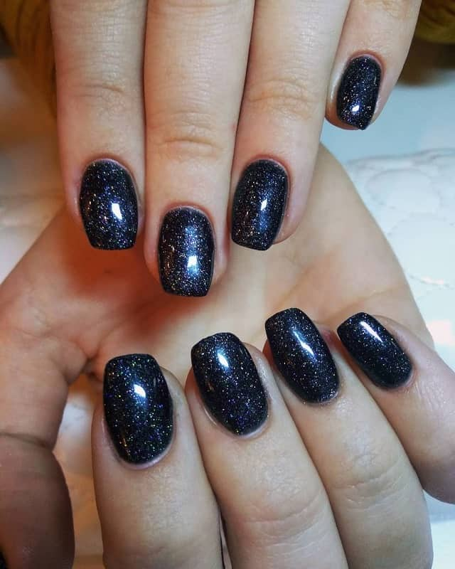 medium length squoval nails