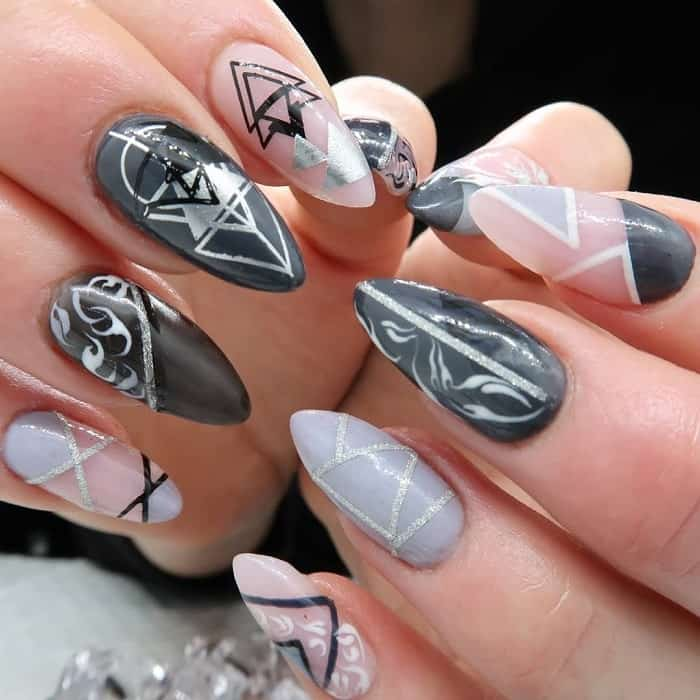 nail design with silver lines