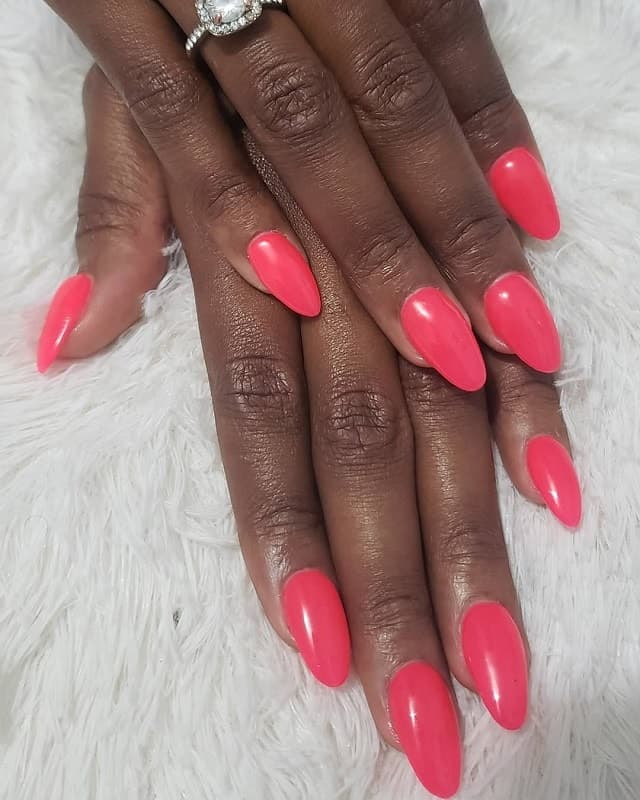 oval pink acrylic nails