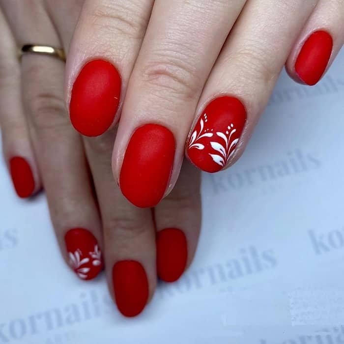 Red Accent Nails