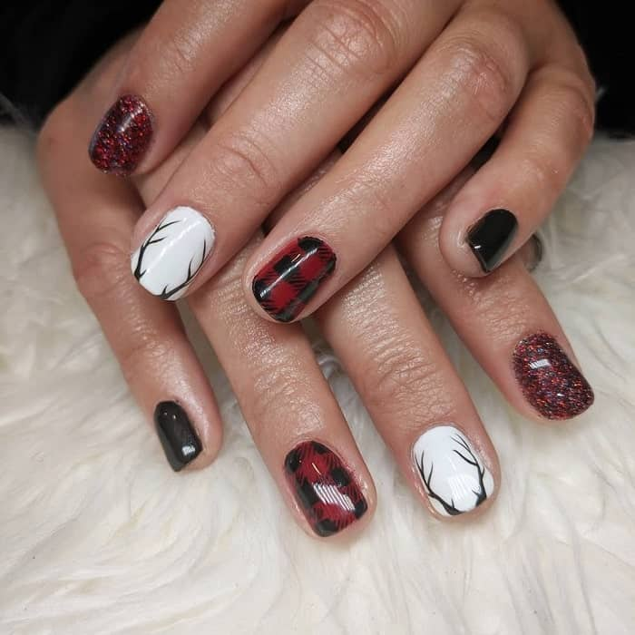 Red Black And White Nail Design