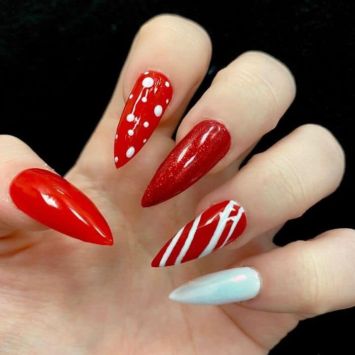 stiletto nails for Christmas