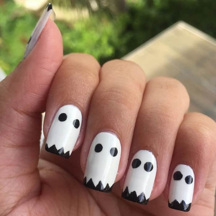 white nails for halloween