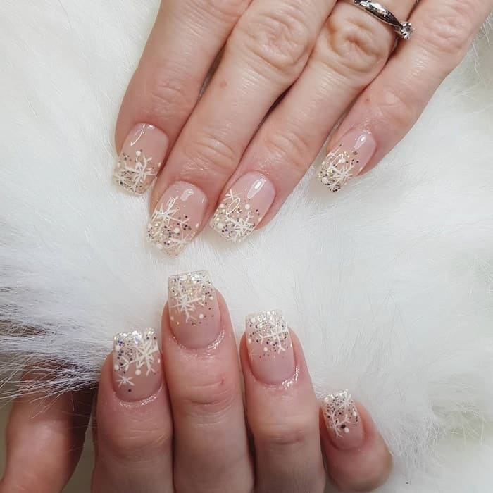 winter nails for wedding