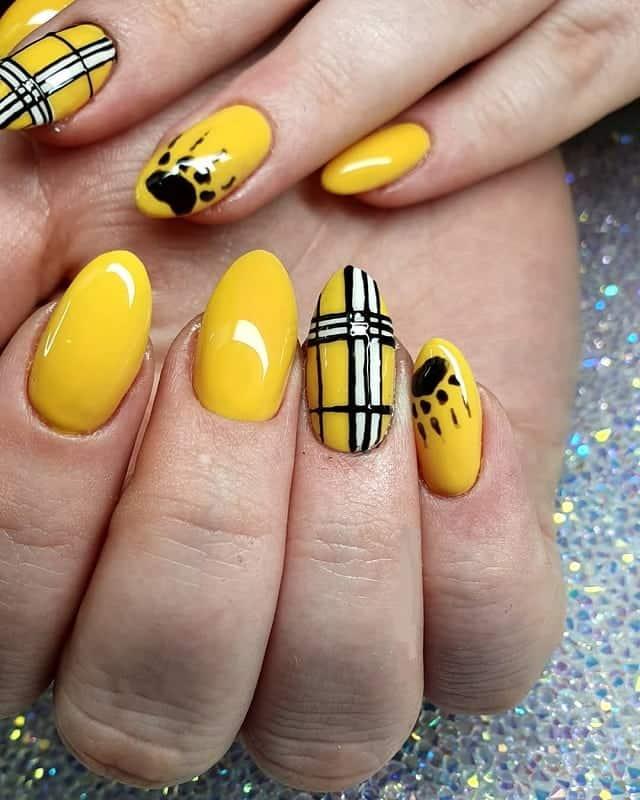 yellow plaid nails