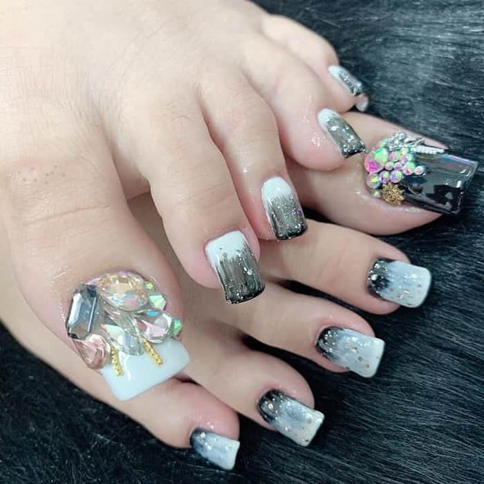 Long Toe Nail Design