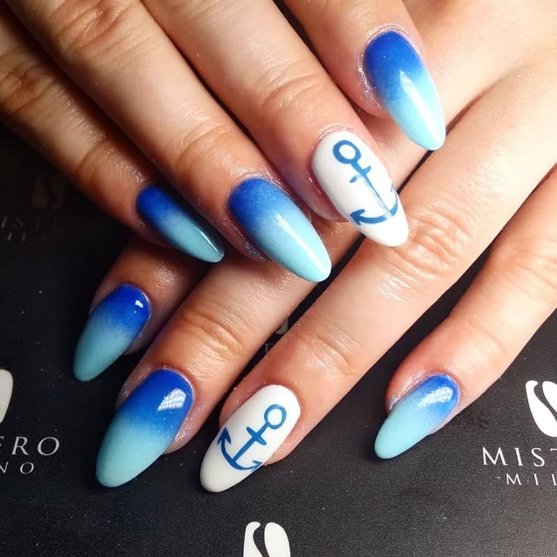 nautical ombre nail design