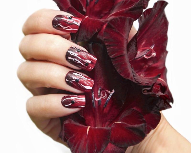 maroon nail design ideas