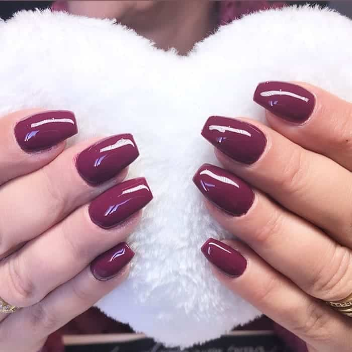 plum color nails