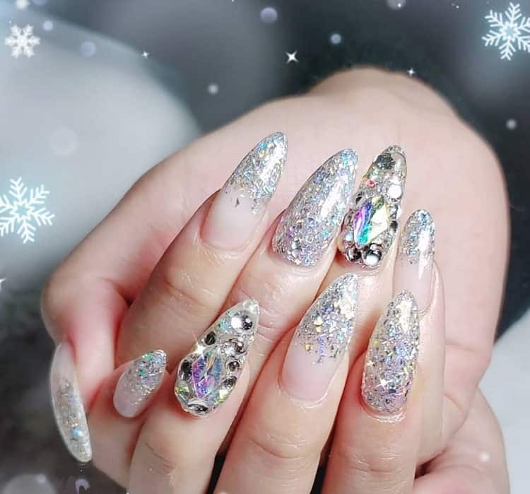 silver nails with rhinestones