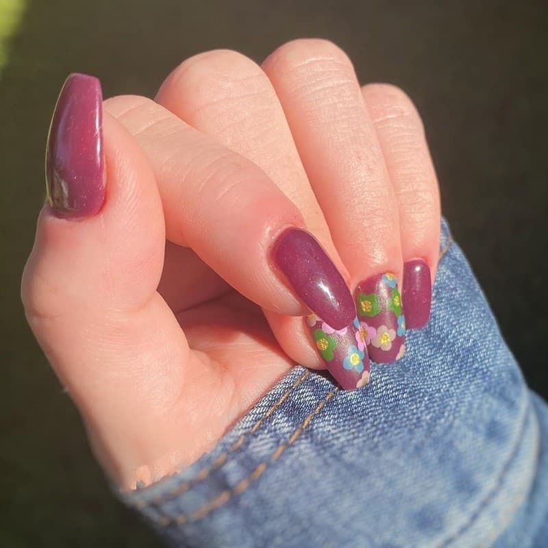 burgundy fall nail design
