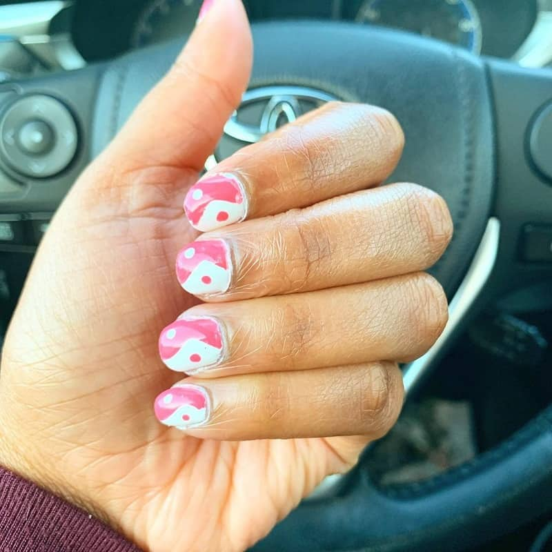 pink and white short round nails