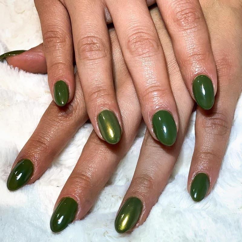 green mirror nails